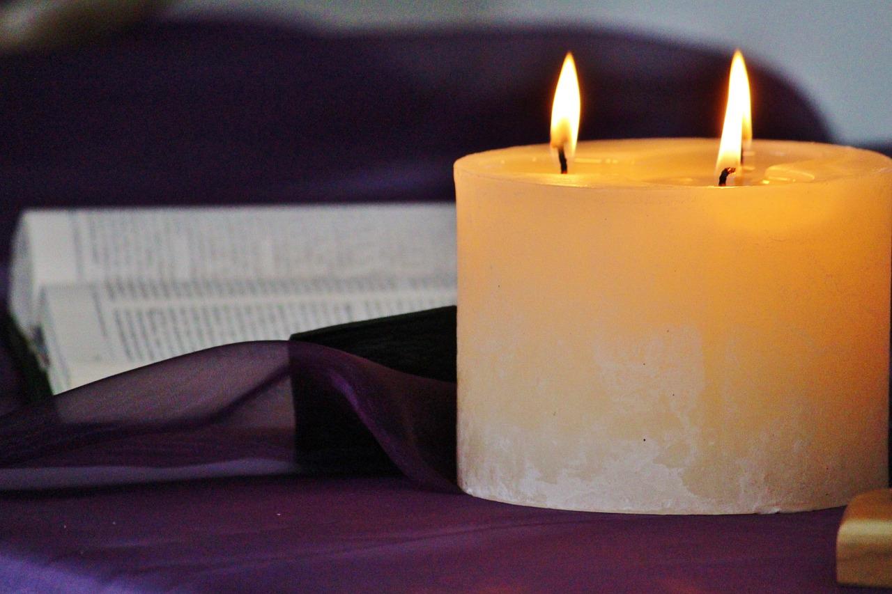 candle-535149_1280
